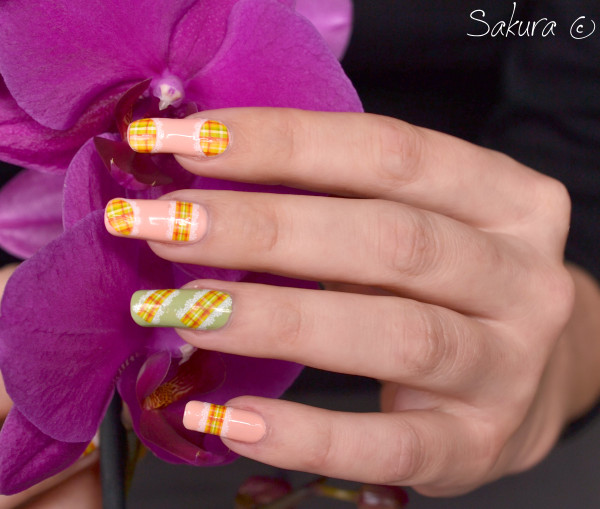 NAIL ART WATER DECALS COUTURE 9